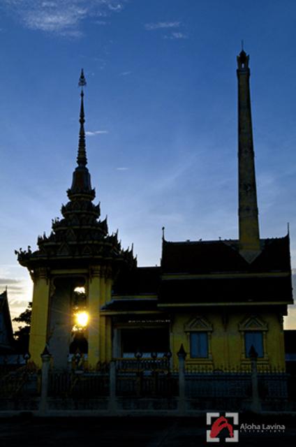 Thai temple sunrise copyright Aloha Lavina
