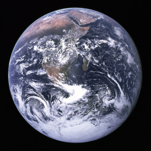 blue_marble_Earth_seen_from_Apollo_17