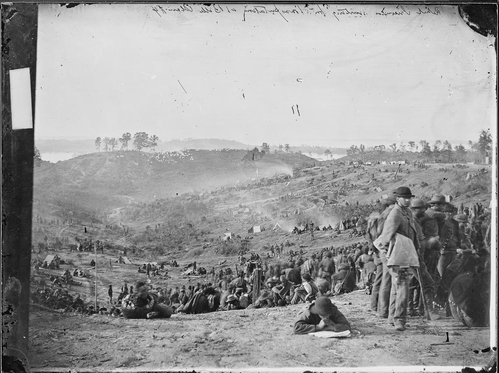 Confederate prisoners awaiting transportation, Belle Plain, Va