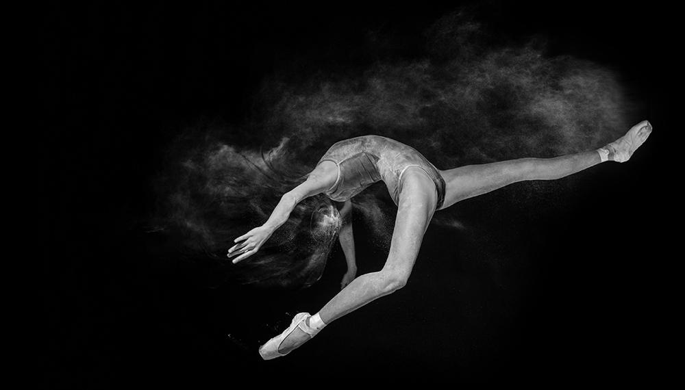 andrei-mihai-cristian-ballerina-on-dance-flour_0008