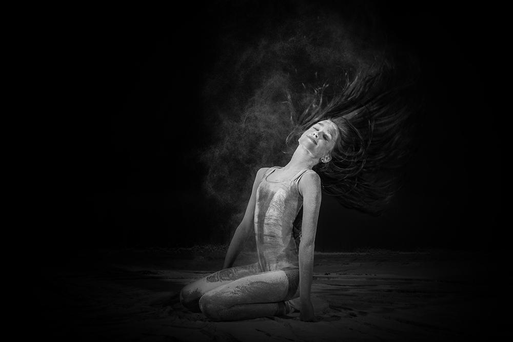 andrei-mihai-cristian-ballerina-on-dance-flour_0016