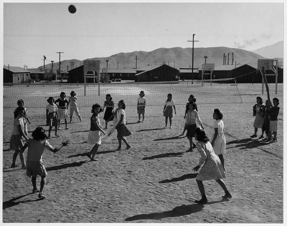 Vollyball, [i.e. volleyball] Manzanar Relocation Center, Calif.