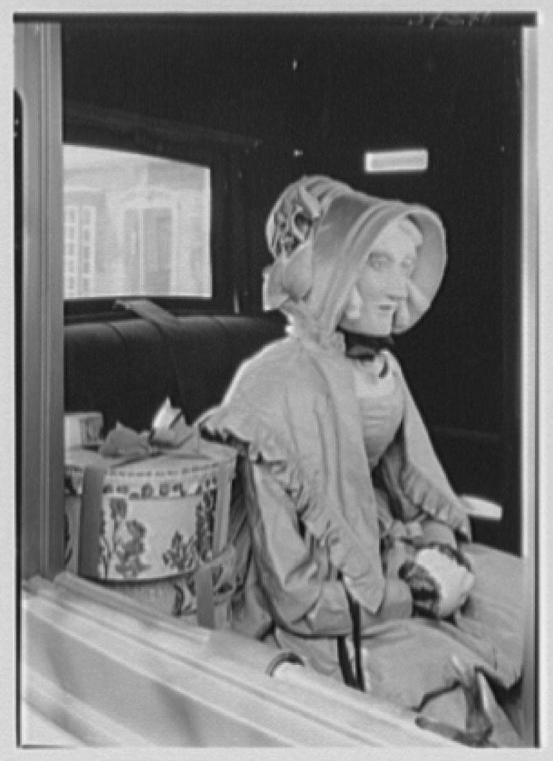 Mrs. Lawrence J. Ullman, Heritage House